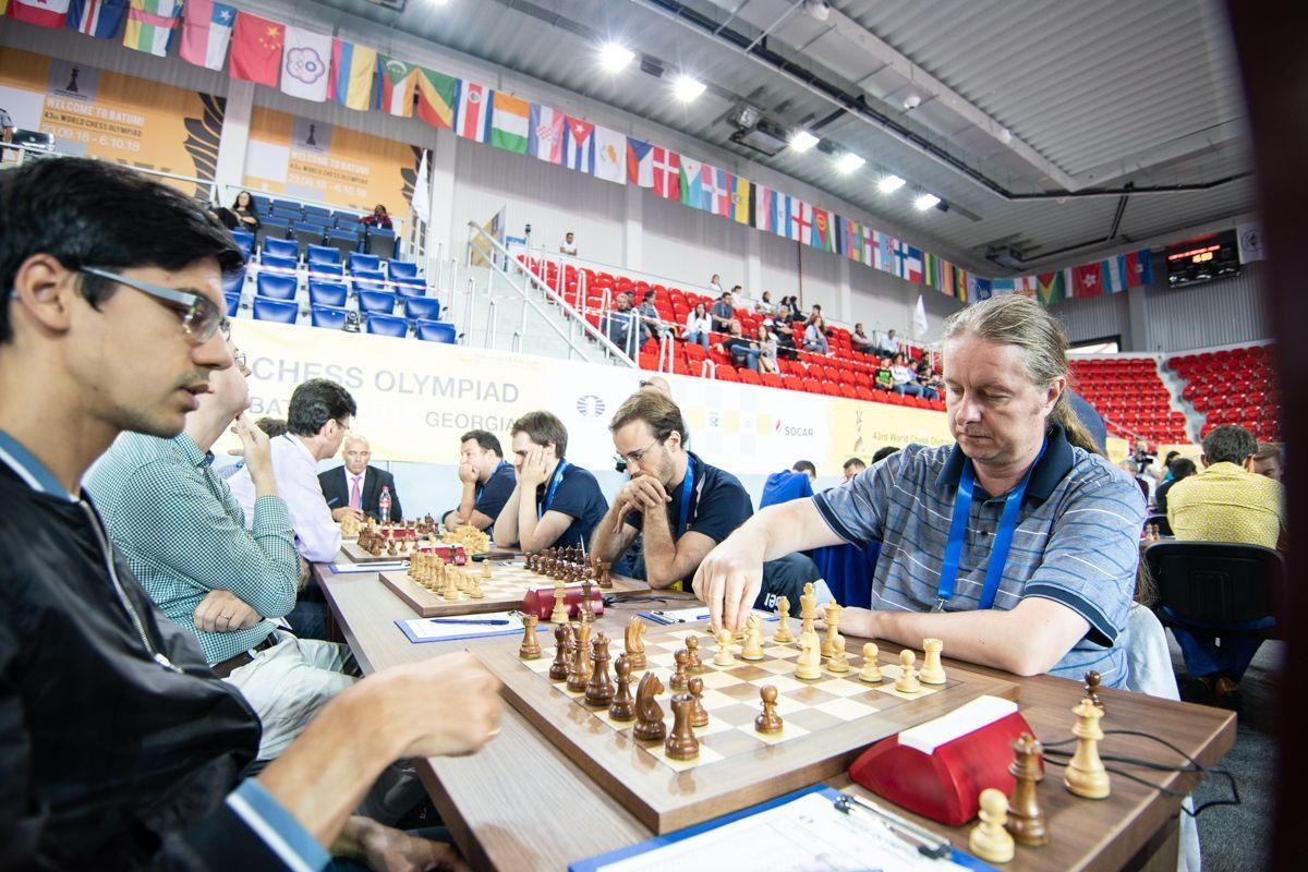 Nisipeanu chess.com Emelianova.jpg